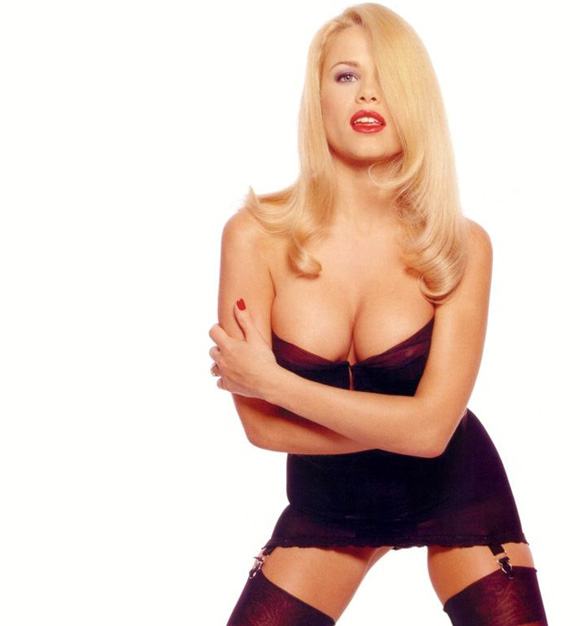 Melinda messenger topless video