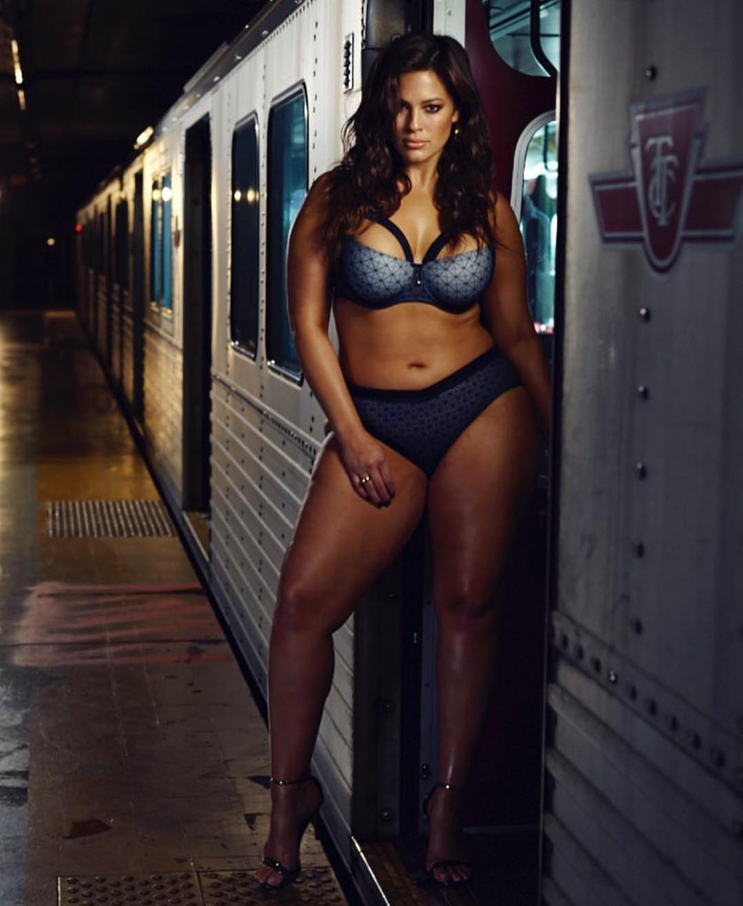 ashley-graham5